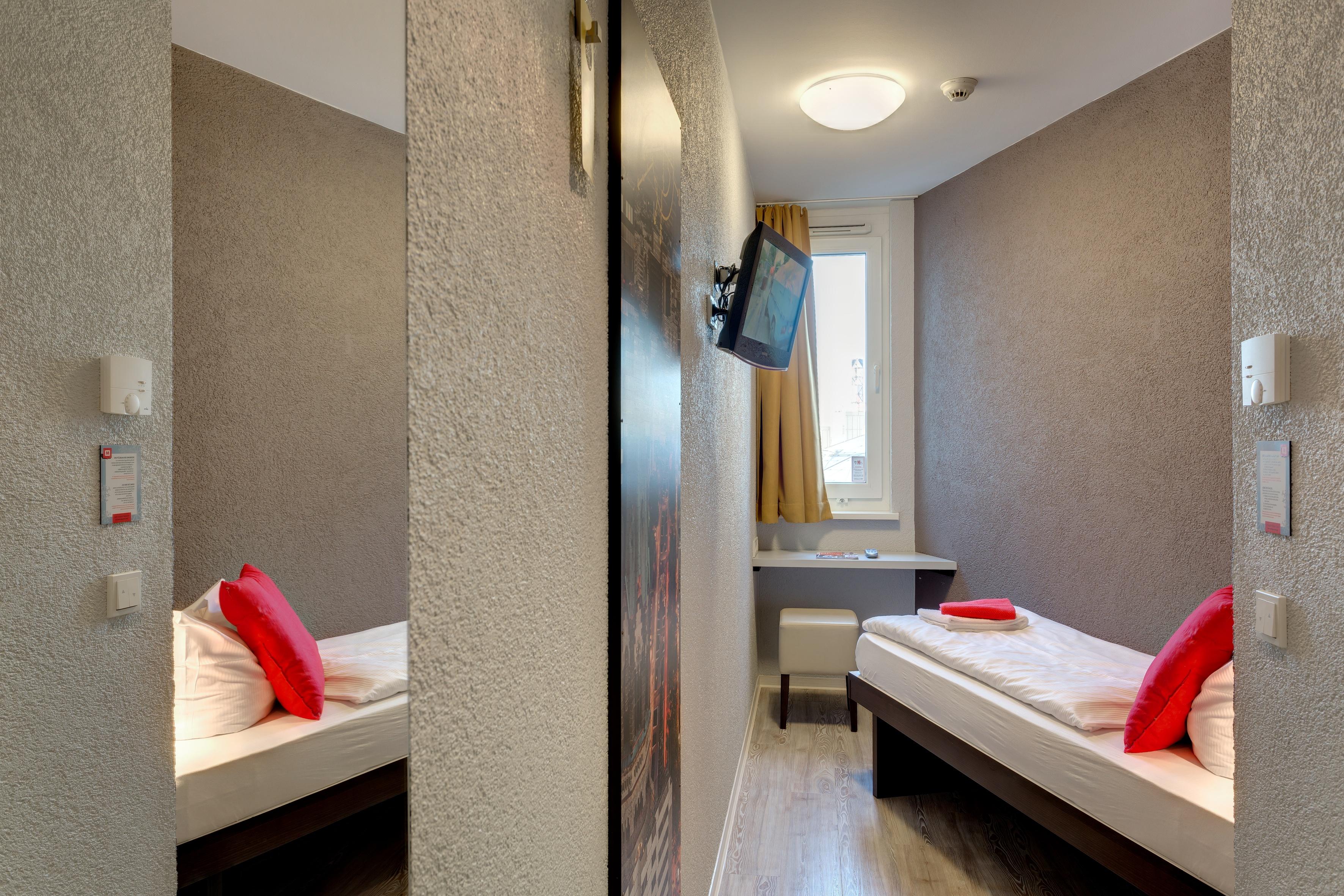 MEININGER Hotel Berlin Hauptbahnhof - Zweibettzimmer