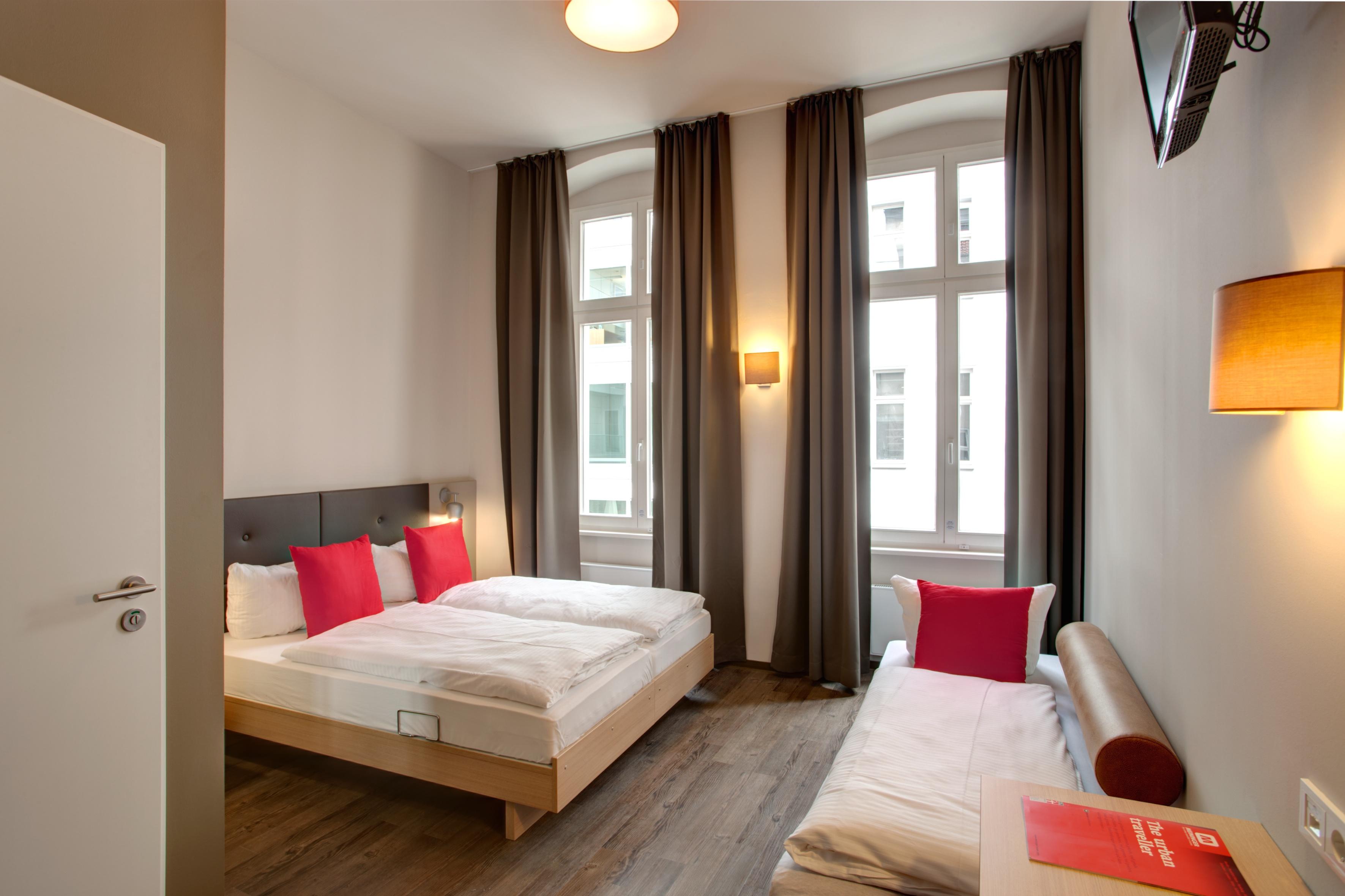 """MEININGER Hotel Berlin Mitte """"Humboldthaus"""" - Mehrbettzimmer"""