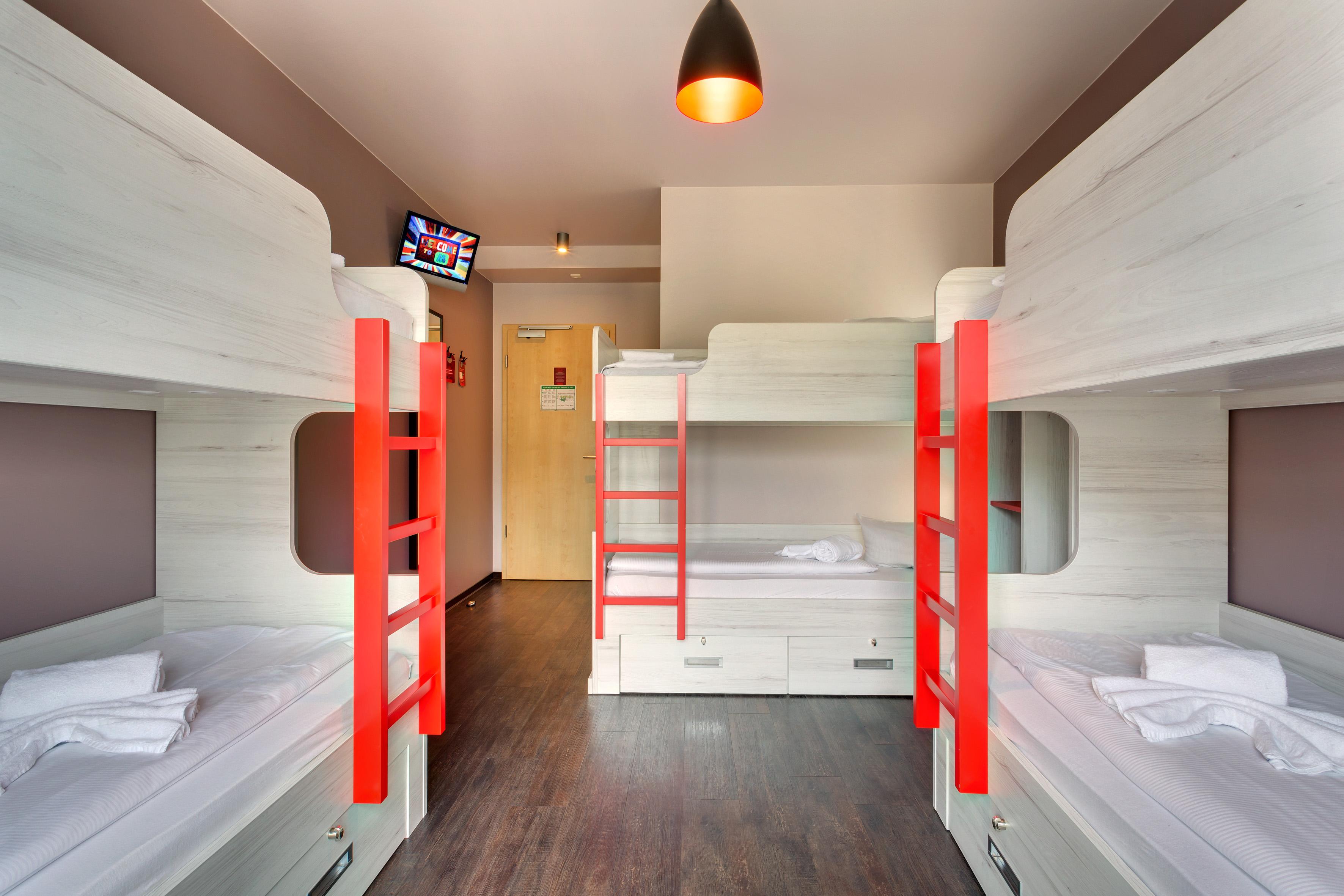 MEININGER Hotel Berlin Alexanderplatz - Dormitorio
