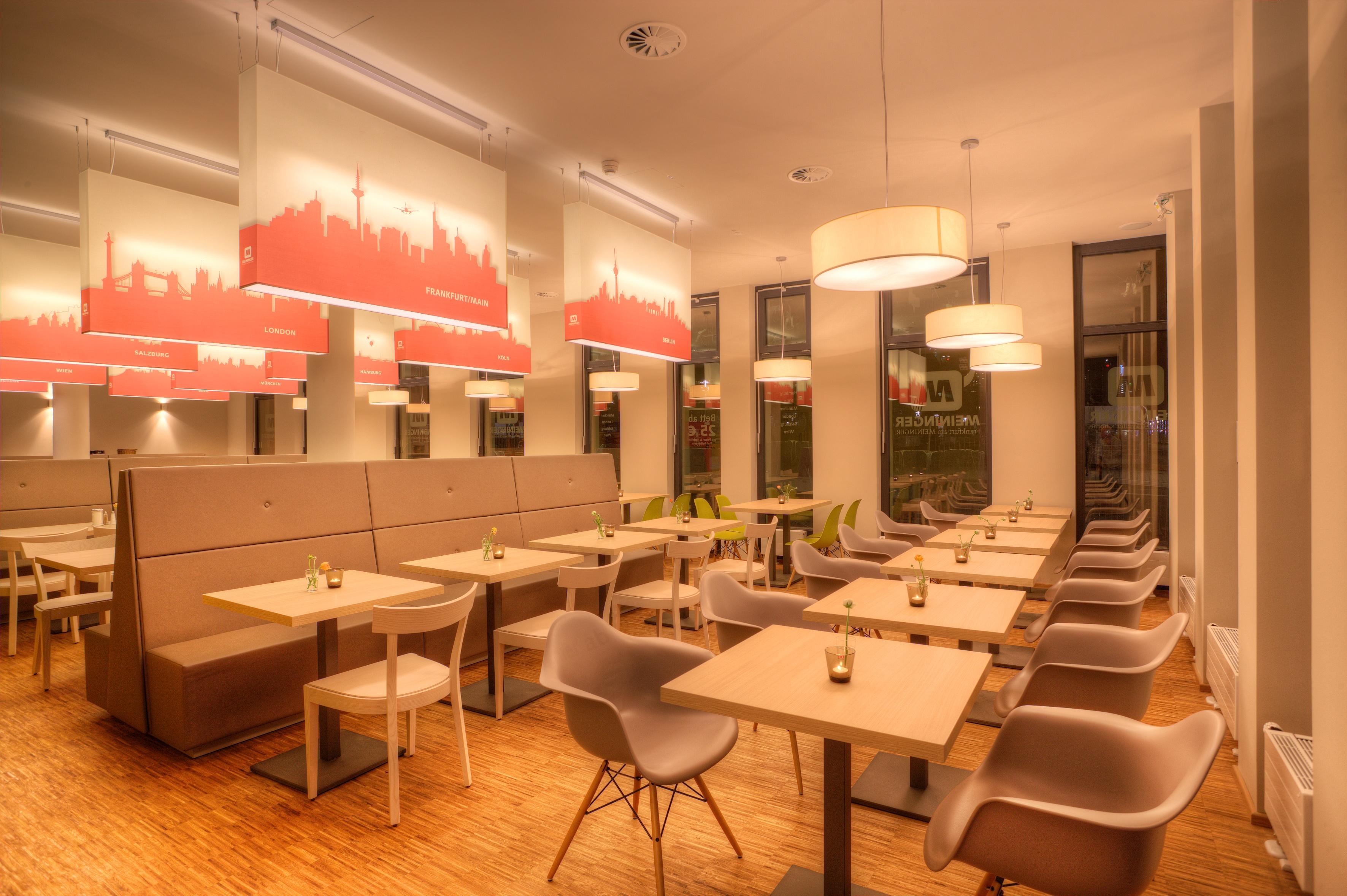 MEININGER Hotel Frankfurt/Main Messe - Frühstücksraum/ Buffet
