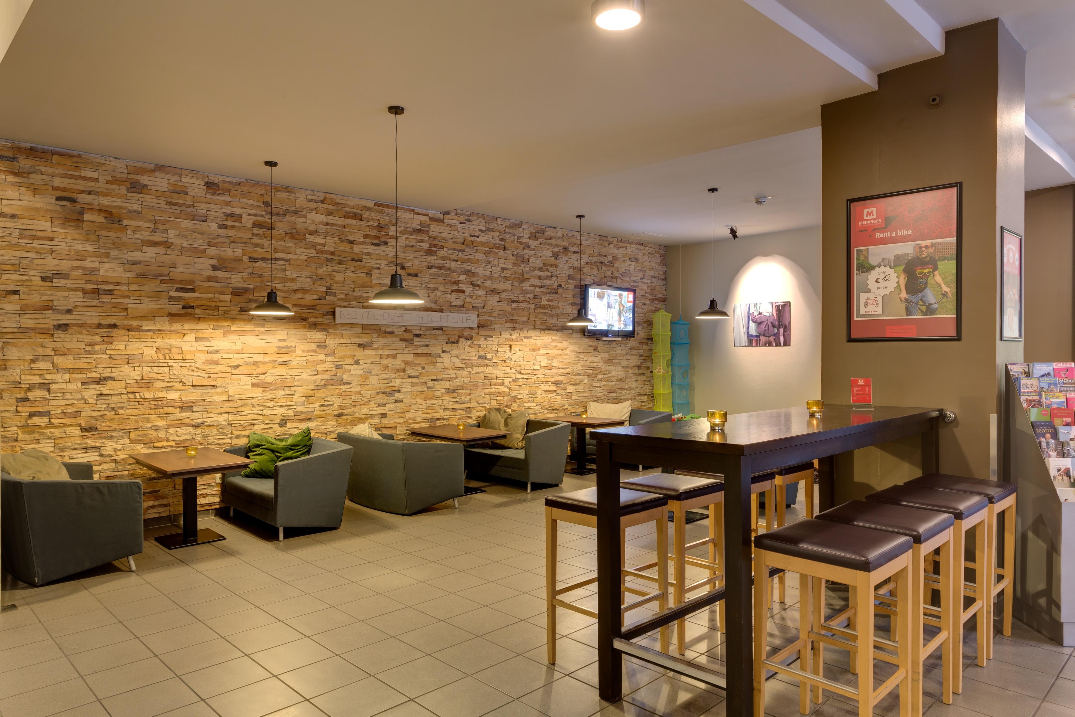 MEININGER Hotel Munich City Center - Lounge