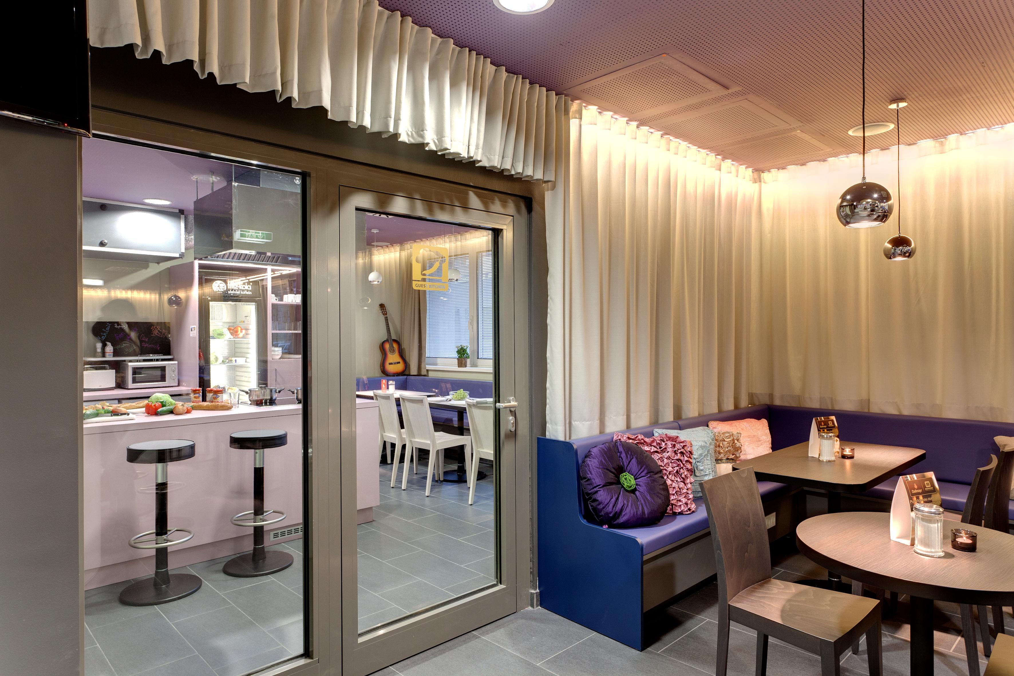 MEININGER Hotel Vienna Downtown Sissi - Guest kitchen