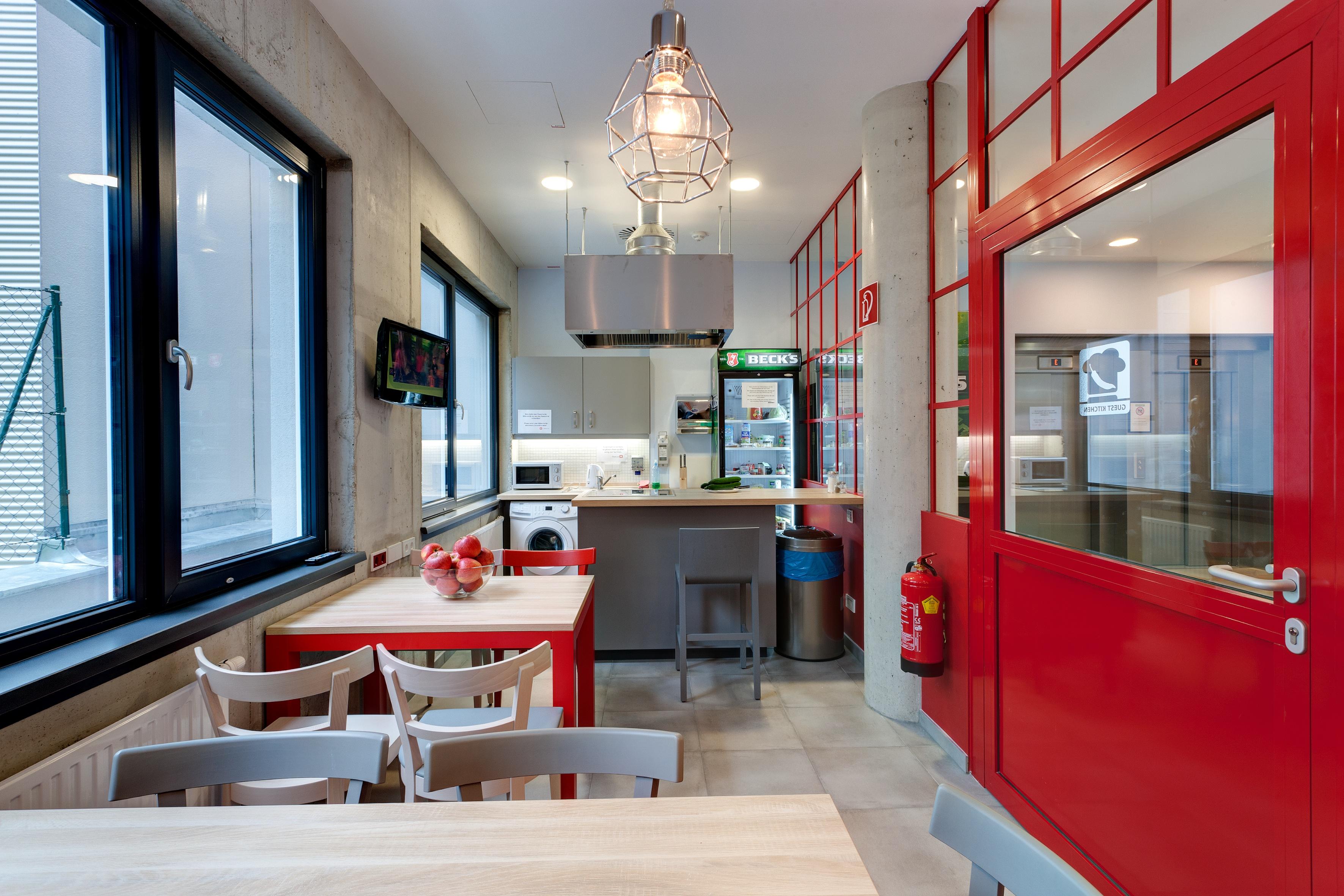 MEININGER Hotel Vienna Downtown Franz - Guest kitchen
