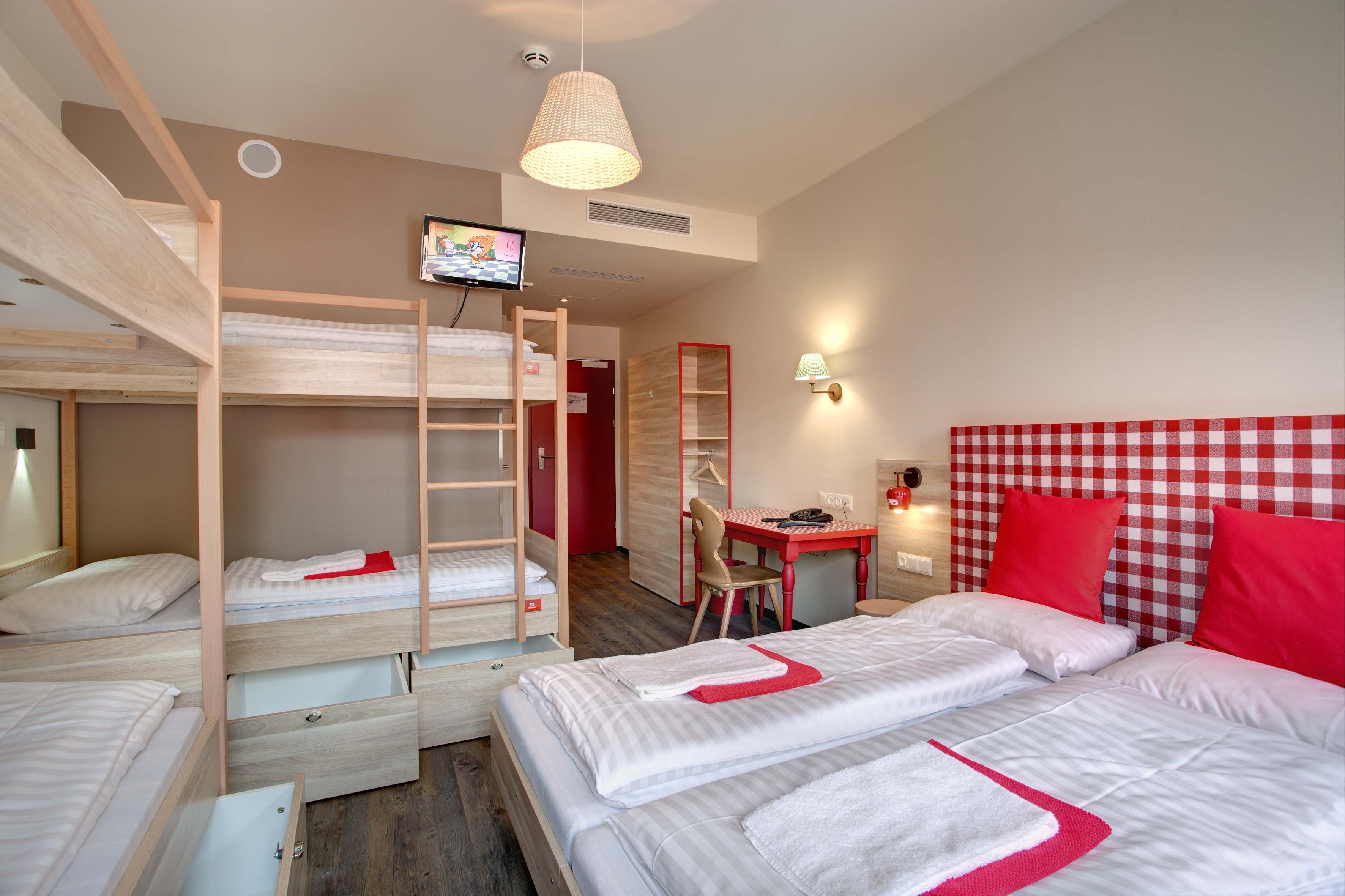 MEININGER Hotel Salzburg City Center - Dormitory