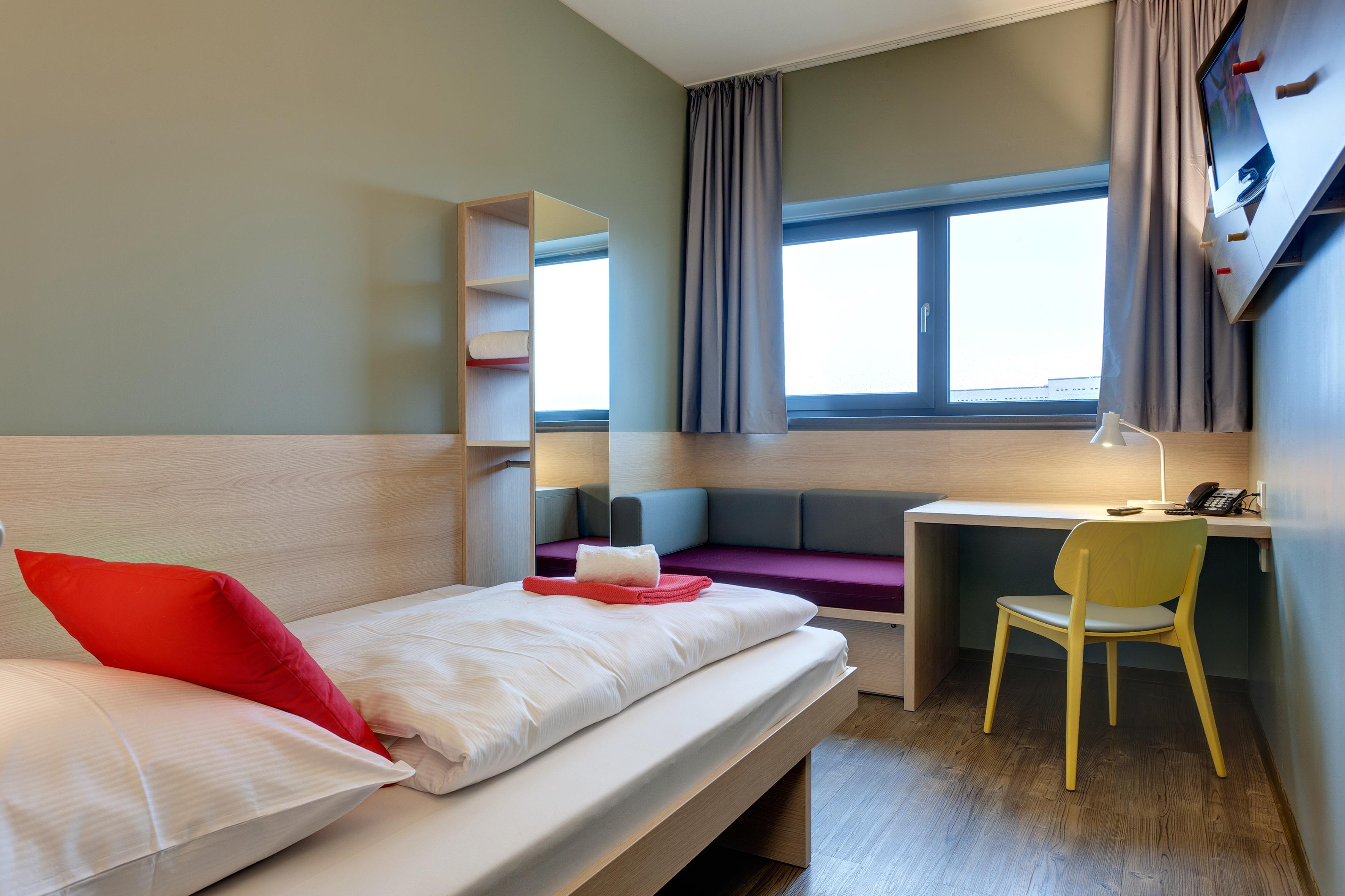 MEININGER Hotel Berlin Airport - Een-/ Tweepersoonskamer