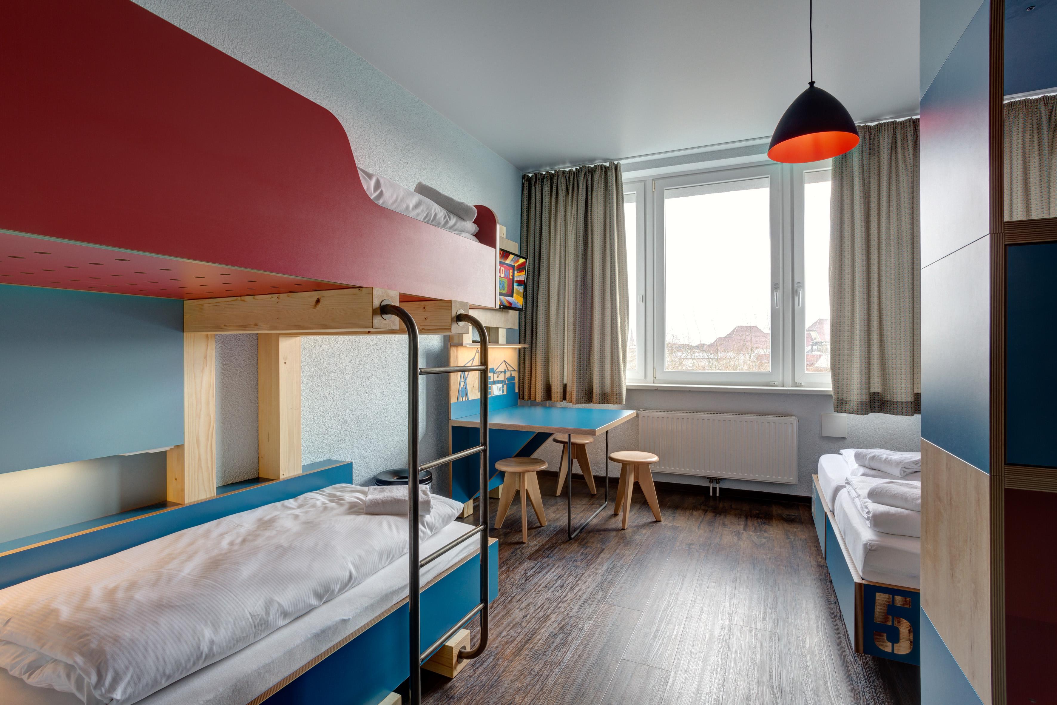 MEININGER Hotel Hamburg City Center - Gezinskamer