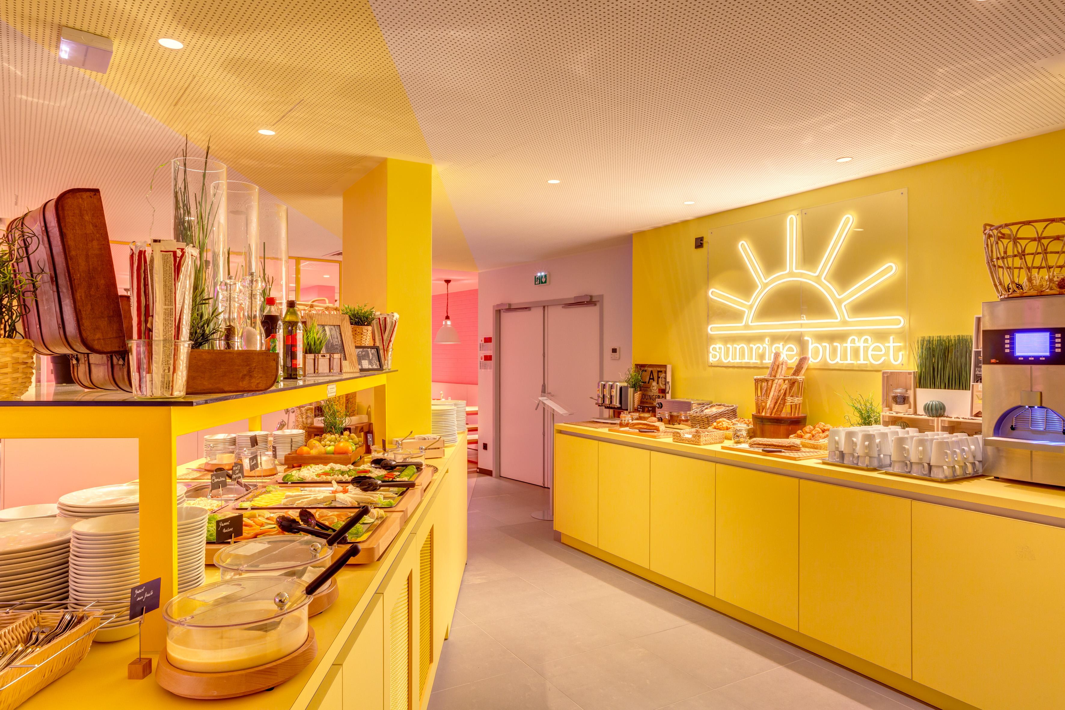 MEININGER Hotel Lyon Centre Berthelot - Ontbijtzaal/ buffet