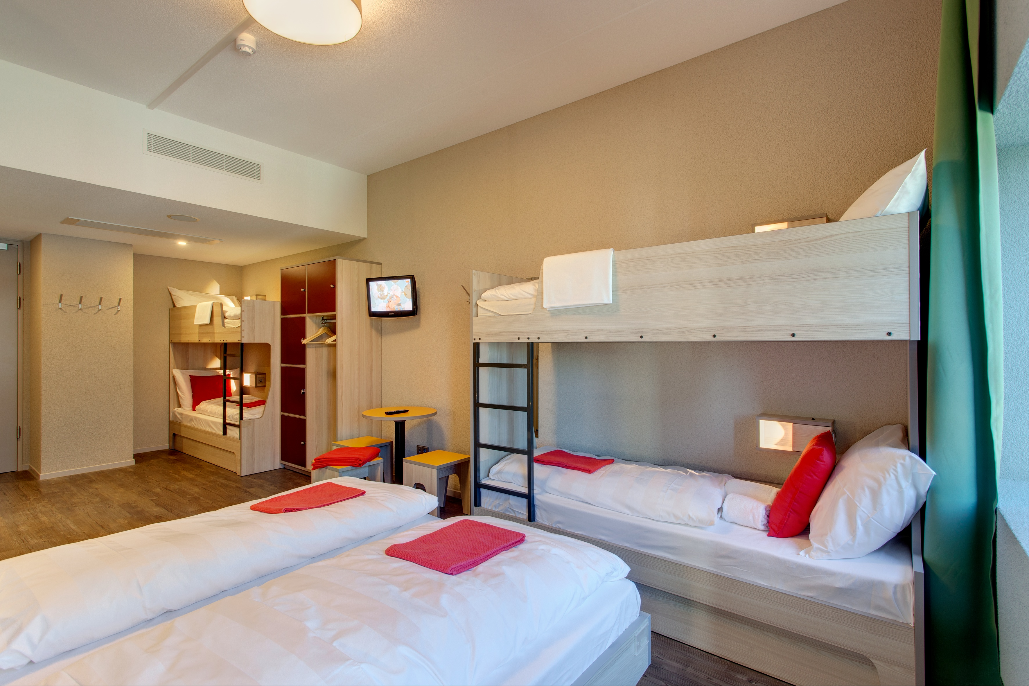 MEININGER Hotel Amsterdam City West - Family Room