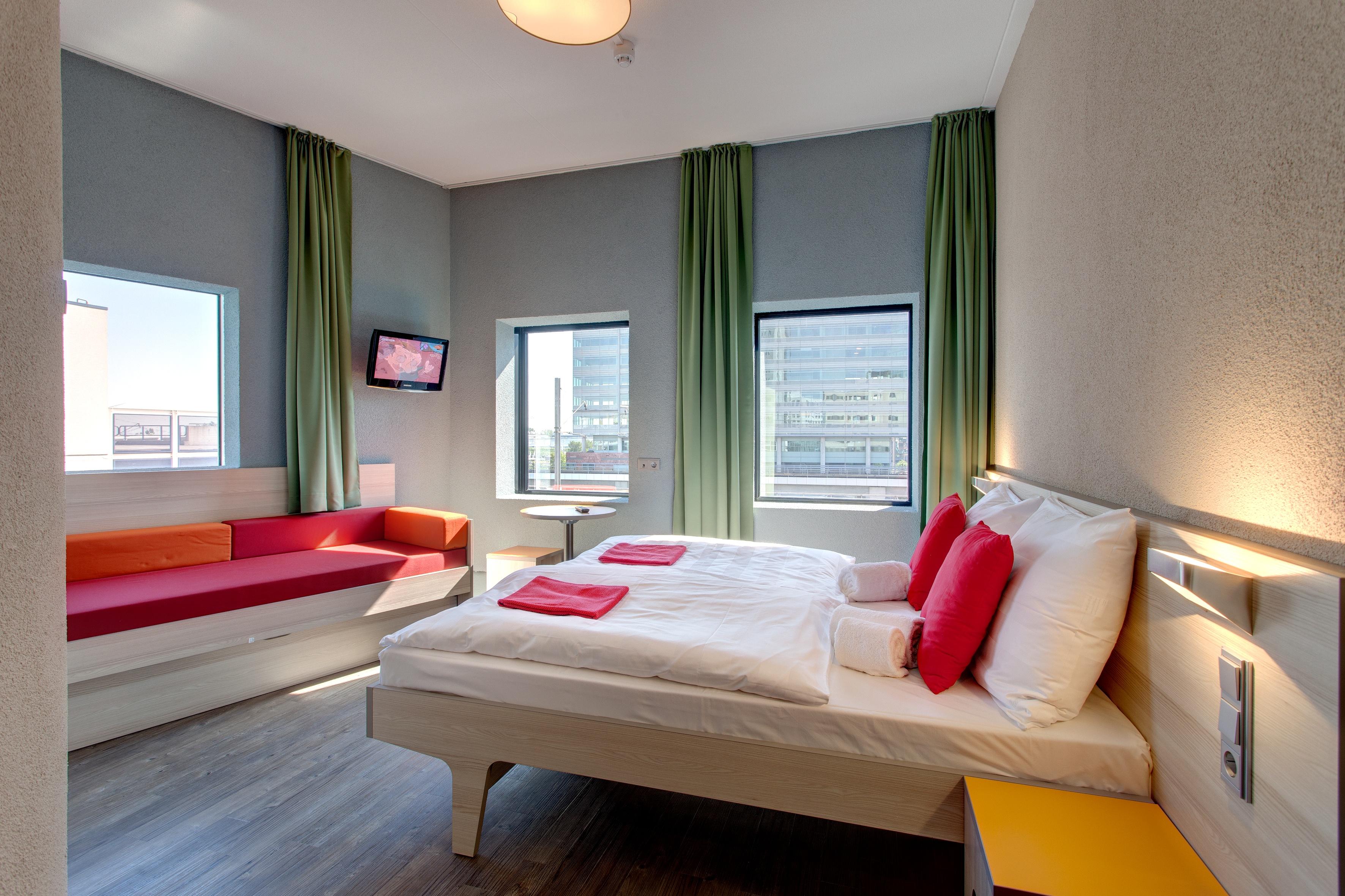MEININGER Hotel Amsterdam City West - Een-/ Tweepersoonskamer