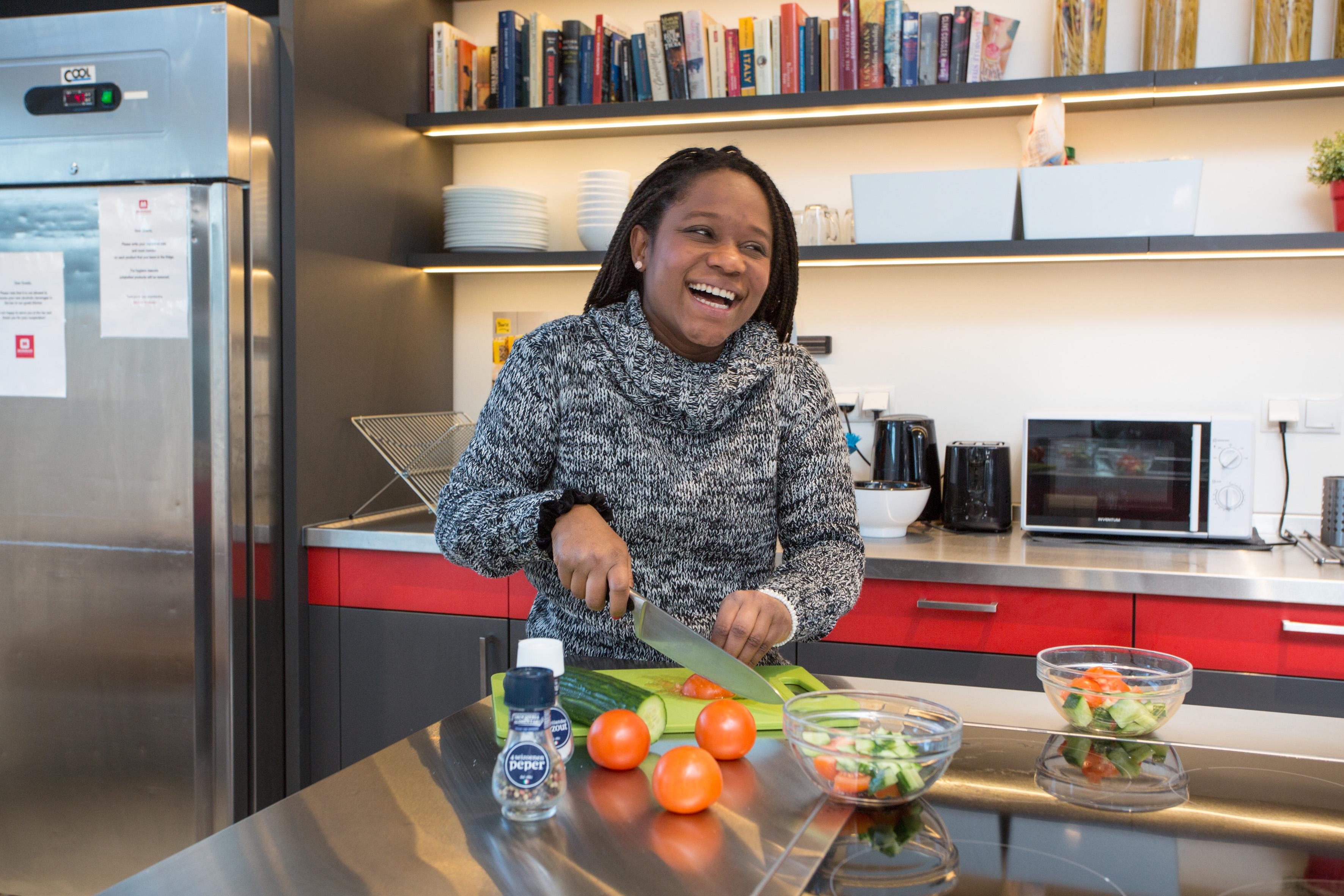 MEININGER Hotel Amsterdam City West - Guest kitchen